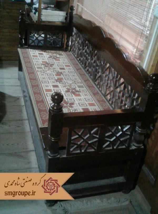 تخت چوبی سنتی
