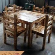 صندلی و میز ناهار خوری چوبی