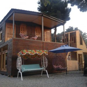 کلبه چوبی دو طبقه